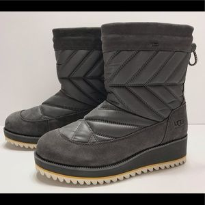 NEW UGG Beck Waterproof Womens Winter Boots size 8